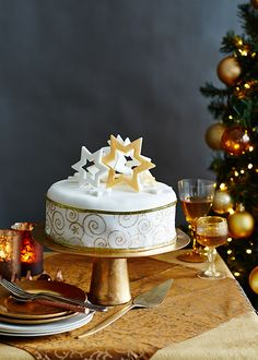1000+ images about Cakes: Christmas & Winter on Pinterest ...