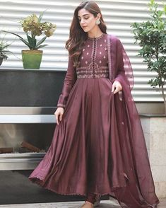 For Price & Queries Please DM us or you can Message/WhatsApp 📲 We provide Worldwide shipping🌍 ✅Inbox to place order📩 ✅stitching available🧣👗🧥 &shipping worldwide. 📦Dm to place order 📥📩stitching available SHIPPING WORLDWIDE 📦🌏🛫👗💃🏻😍 . Shadi Dresses, Pakistani Formal Dresses, Pakistani Fashion Casual, Indian Gowns Dresses, Pakistani Dress Design, Pakistani Outfits, Indian Outfits, Pakistani Frocks, Pakistani Couture