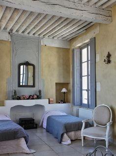 (via HOME & GARDEN: Une maison d'hôtes en Provence)