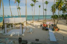 Melissa & Edwin's Destination Wedding in Punta Cana - #PuntaCana #destinationwedding #beachwedding @destweds @jetfete