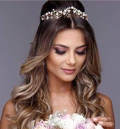 New classic bridal nails updo hairstyle 41 Ideas Chic Bridal Showers, Elegant Bridal Shower, Tiara Hairstyles, Wedding Hairstyles, Updo Hairstyle, Hairstyle Ideas, Medium Hair Styles, Long Hair Styles, Bridal Nails