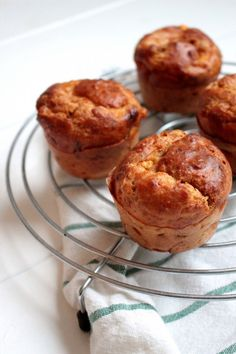 Hartige muffins met chorizo en kaas