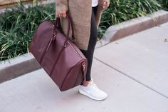 Sole Society, weekender bag, travel tips, packing tips, holiday travel Fashion Prints, Women's Fashion, Packing Tips, Holiday Travel, Designer Shoes, Leather Backpack, Travel Inspiration, Messenger Bag, Travel Tips