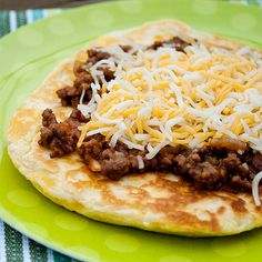 Cheeseburger Flatbread Melts ~ One of my easy meals. I use flat burger buns instead the storebought biscuit dough. Breakfast Lunch Dinner, Dessert For Dinner, Salmon Recipes, Pork Recipes, Grand Biscuit Recipes, Easy Cooking, Cooking Recipes, Burger Buns, Burgers