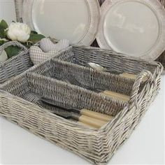 Willow Cutlery Tray