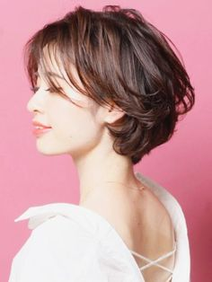 Pin on ショートヘア Medium Thin Hair, Medium Hair Styles, Curly Hair Styles, Thick Hair, Asian Short Hair, Short Hair Cuts, Shot Hair Styles, Haircuts For Long Hair, Layered Hair