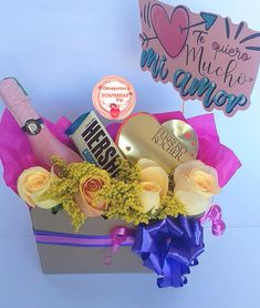 Esta es una manera de morir de AMOR. ¿cuál sería tu expresión al recibir esta hermosura? . DESAYUNOS Y REGALOS SORPRESAS VIP Visita nuestra página web 👇👇👇👇👇 www.desayunosysorpresasvip.com #anchetas #regalos #amor #desayunos #sorpresa #peluche #flores #desayunosorpresas #tequieromucho #teamo #chocolate #juntos #love #gifts #surprise #together #togetherforever #feelingood #feeling #bogota #globos #florescolombia #vino #regalosbogota Happy Love, Bible Art, Gift Packaging, Home Deco, Ideas Para, Wedding Gifts, Diy And Crafts, Bouquet, Valentines