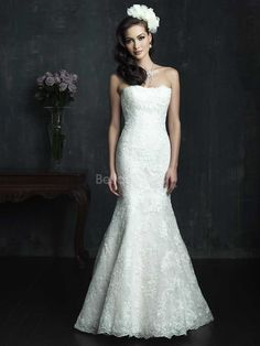 Luxury Lace Sheath/ Column Chapel Train Strapless Wedding Gowns With Buttons
