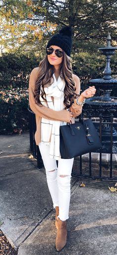 white pants outfit for fall/winter