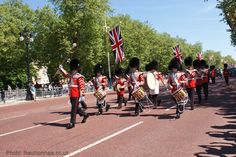 The queen's coronation 2013 photos