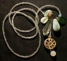 Quiero compartir lo último que he añadido a mi tienda de #etsy: Protection Amulet Necklace - Vintage Light Green Jewelry. Old African Pendant, African Trade Beads http://etsy.me/2BTAAyD  #joyeria #collar #boho #jewelry #necklace #vintagependant #rareoldvintage #amulet