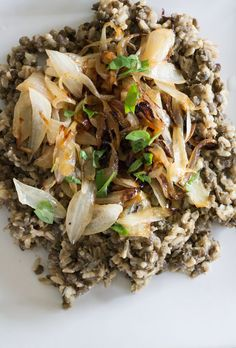 Brown Rice and Lentils with Caramelized Onions (Mujadara)
