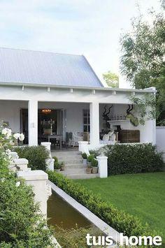 Beautiful verandah with water feature