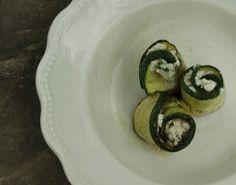 Roladki z grillowanej cukinii, nadziewanej bryndzą do sauvignon blanc