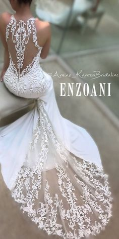 Bringing into focus the details of Enzoani never looked so absolutely ga-ga-gorgeous! Bringing into focus the details of Enzoani never looked so absolutely ga-ga-gorgeous! Dream Wedding Dresses, Bridal Dresses, Wedding Gowns, Wedding Day, Wedding Dress Train, Gorgeous Wedding Dress, Lace Weddings, Elegant Wedding, Women's Dresses