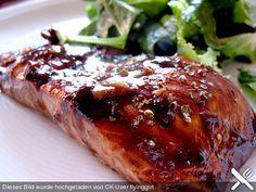 Lachsfilet mit Balsamico - Glasur, ein raffiniertes Rezept aus der Kategorie Fisch. Bewertungen: 15. Durchschnitt: Ø 3,9.