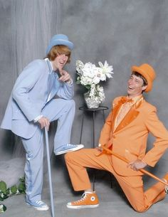 I honestly wish someone would take me to prom dressed like this. so funny.