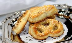 Cooking with Zoki: Peciva sa sirom Cooking Tips, Cooking Recipes, Onion Rings, Food Hacks, French Toast, Cheesecake, Food And Drink, Bread, Breakfast