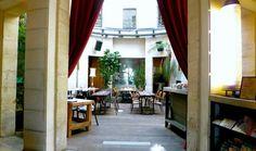 La Rotonde 4, Place de la Bataille de Stalingrad 75019 Paris Métro L5,7,2 Tél. 01 80 48 33 40 Email: resa@larotonde.com Page fan Facebook Twitter : LaRotondeParis