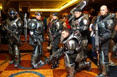 gears-war-cosplay-costumes.jpg (500×334)