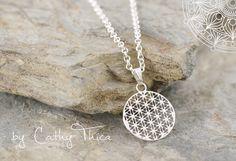 Ketten kurz - Blume des Lebens Kette - ein Designerstück von Cathy-Thica-Namaste bei DaWanda