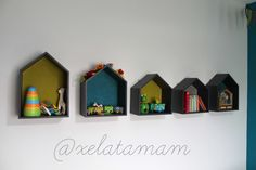 Maisonettes en bois fait main personnalisées avec tissus Froufrou sur www.mapetitemercerie.com