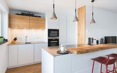 18 Trendy home bar cabinet diy Black Kitchen Decor, White Kitchen Cabinets, Diy Cabinets, Stainless Steel Kitchen Design, Design Kitchen, Beer Kitchen, Cocina Office, Home Bar Cabinet, Modern Home Bar
