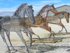 Wire Horse sculpture at Bandera Downs