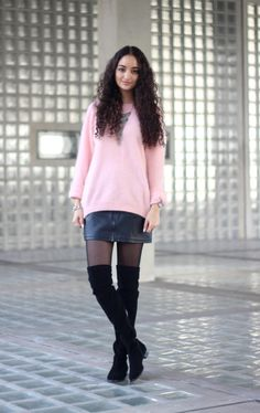 OUTFIT | What I would wear at Amsterdam Fashion Week – Fashionblog & Style Diary by Ranim Helwani Amsterdam Fashion, Style Diary, Mantel, Street Fashion, Knee Boots, Sexy, Sweaters, How To Wear, Outfits