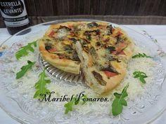 Pizza de jamón york, rucula y queso de cabra. ¿Qué te parece la combinación de ingredientes?