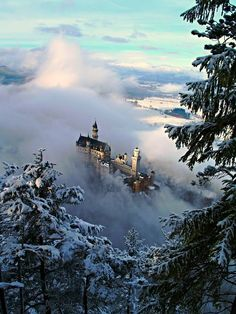 The castle rising from out of the Winter mist is Schloss Neuschwanstein - Bavaria, Germany -- beautiful photo. by pussys Beautiful Castles, Beautiful World, Wonderful Places, Beautiful Places, Neuschwanstein Castle, Medieval Castle, Germany Travel, Belle Photo, Land Scape