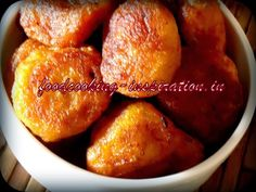 Find Indian food and Bengali recipes. Recipe instructions, spice guide, easy how to steps are here. Deep Frying Pan, Bengali Food, Palmyra, Banana Coconut, Recipe Instructions, Cheese Cloth, Healthy Options, Fritters, Monsoon