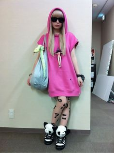 Kyary Pamyu Pamyu I want those tights and those shoes
