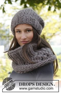 """Polaire - Knitted DROPS neck warmer and hat in """"Polaris"""". - Free pattern size 17 and 19 needles"""