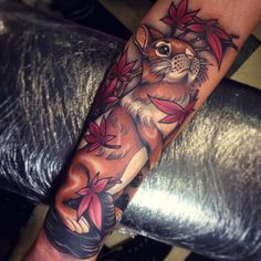 Little rabbit and weed leaves. Thanks for coming all the way from NZ Lauren! 3 Tattoo, Leaf Tattoos, Tattoo Drawings, Sleeve Tattoos, Cool Tattoos, Incredible Tattoos, Beautiful Tattoos, Neotraditional Tattoo, Rabbit Tattoos