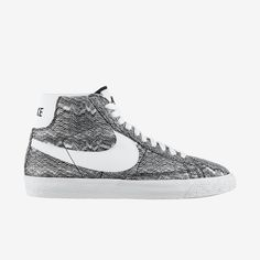 Blazer Mid Premium Vintage   Nike - $60