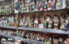 More #figurines at Grandway Commercial, 628 M. de Santos St., #Binondo #Divisoria www.divisoriaguide.com Manila, Craft Supplies, Crafts, Saints, Manualidades, Handmade Crafts, Craft, Arts And Crafts, Artesanato