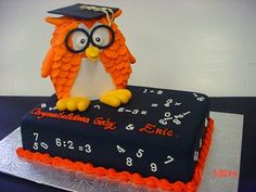 Owl cake of the day...Graduation 10