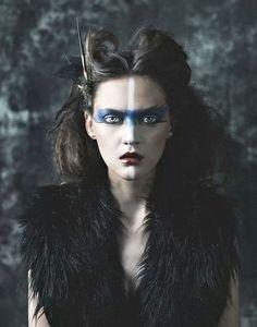 ☽ I howl at the rising moon ☾
