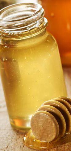 Honig gegen Pickel, Akne, Mitesser und unreine Haut