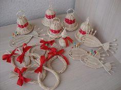 Autor: medulka Corn Dolly, Christmas Tree, Christmas Ornaments, Basket Weaving, Wicker, Origami, Beads, Knitting, Holiday Decor