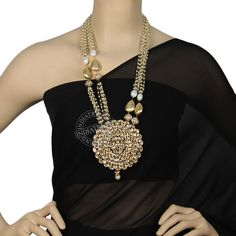 Our ZARNA NECKLACE  by Indiatrend. Shop Now at WWW.INDIATRENDSHOP.COM