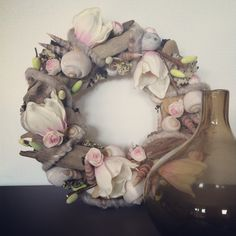 Deco krans Floral Wreath, Wreaths, Seasons, Make It Yourself, Home Decor, Homemade Home Decor, Door Wreaths, Seasons Of The Year, Deco Mesh Wreaths