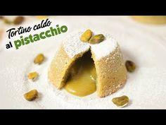 Il tortino al pistacchio dal cuore caldo e morbido è un dolcetto irresistibile che piace sempre a tutti, perfetto per l'inverno!