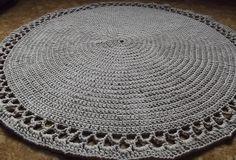 Crochet beige round rug,