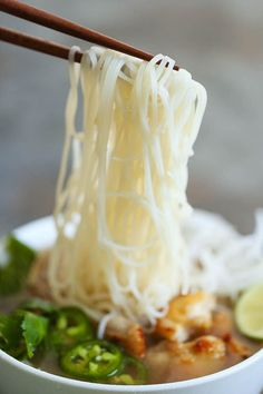 Cheater Pho (Asian Noodle Soup) - Chicken Noodle Soup -With this simplified version, you can have homemade pho on your table in 30 min or less. It doesn't get any easier! Easy Soup Recipes, Healthy Recipes, Free Recipes, Ramen, Hangover Food, Pho Recipe, Asian Noodles, Rice Noodles, Quick And Easy Soup