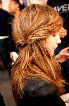 tiny side fishtail braid Brown Hair Shades, Brown Hair Colors, Hair Colour, Color Red, Braided Hairstyles, Pretty Hairstyles, Layered Hairstyle, Hairstyle Short, Casual Hairstyles