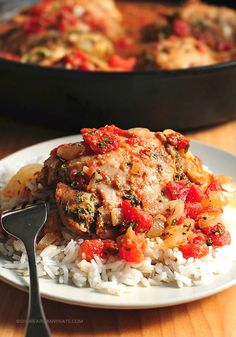 Tomato Braised Chicken Recipe | shewearsmanyhats.com