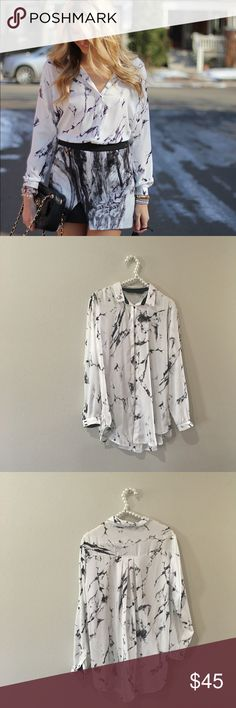 Zara Marble Printed Button Down Top SO cute and chic and a blogger favorite! Excellent pre worn condition! Size medium. No trades!! 0102516100hhb Zara Tops Button Down Shirts