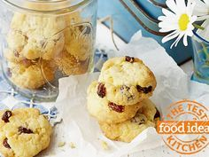 Rice Bubble and Sultana Biscuits - Best Recipes